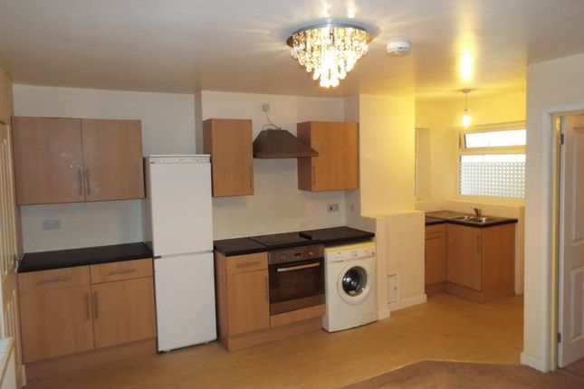 1 bed flat to rent in High Street, Herne Bay