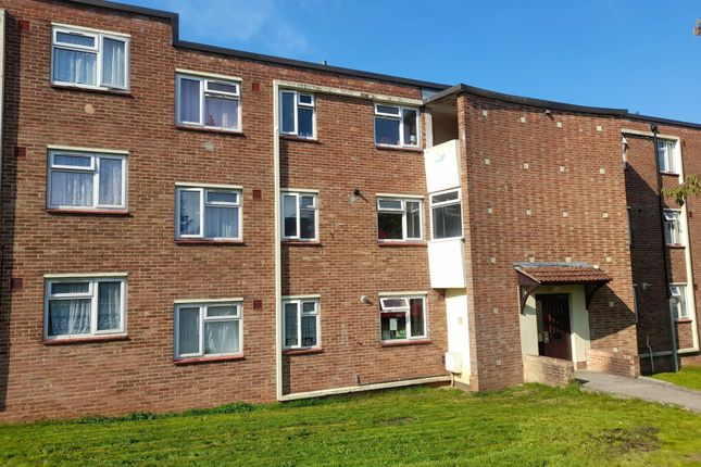Thumbnail Flat to rent in Butterfield Road, Bristol