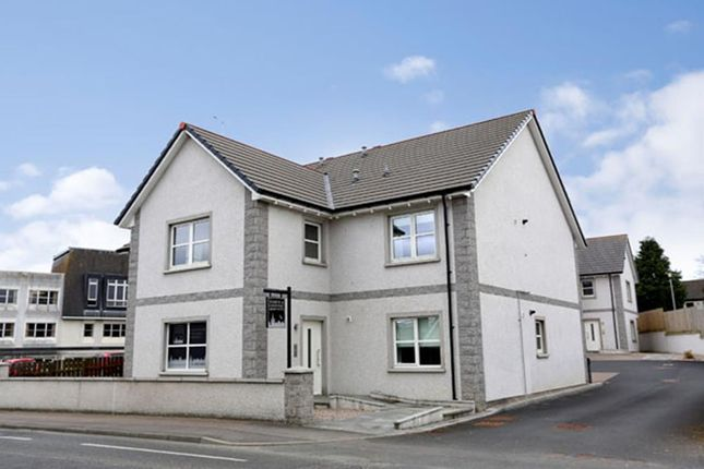 Thumbnail Flat to rent in Birchlee, Inverurie