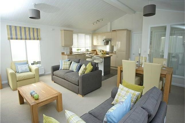 Thumbnail Mobile/park home for sale in Prestige Buckland, Fallbarrow Park, Rayrigg Road, Windermere