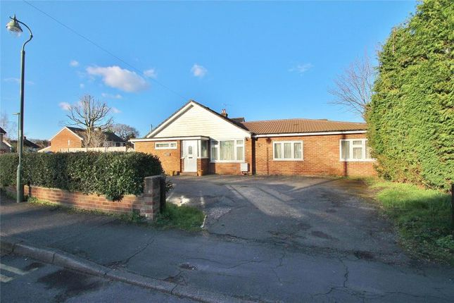 Thumbnail Bungalow to rent in High Street, Horsell, Woking