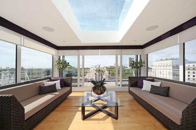 Thumbnail Flat to rent in Arlington House, 17-27 Arlington Street, St James`S, London