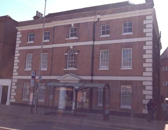 2 bed flat to rent in Crouch Street, Colchester