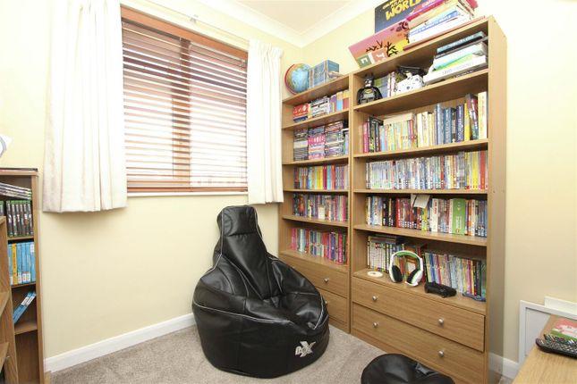 Bedroom of Clovelly Close, Ickenham, Uxbridge UB10