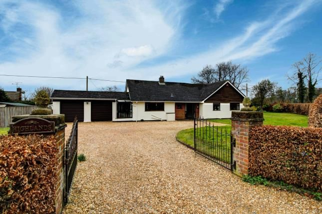3 bed bungalow for sale in Ropley, Alresford, Hampshire