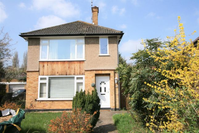 Thumbnail Maisonette for sale in Reynards Way, Bricket Wood, St. Albans