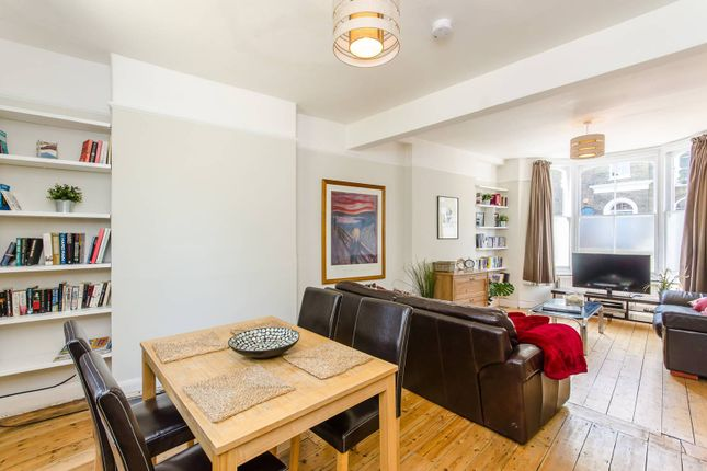 Thumbnail Property for sale in Stockwell Green, Clapham North