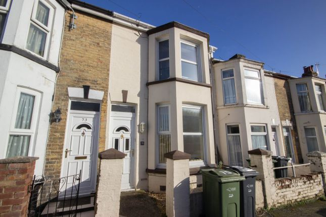 Terraced house to rent in Pelham Road, Cowes, Isle Of Wight
