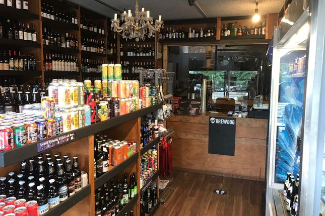 Thumbnail Pub/bar to let in Busby Road, Clarkston, Glasgow