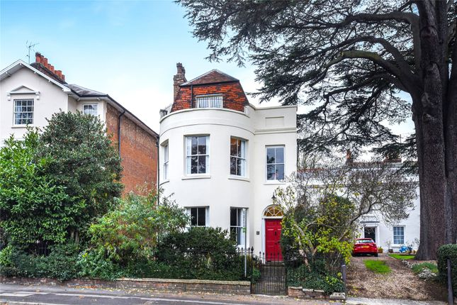 Thumbnail Town house for sale in Castle Hill, Reading, Berkshire