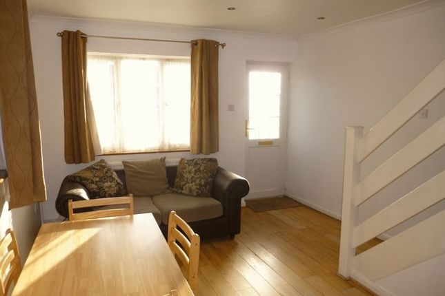 Thumbnail End terrace house to rent in Doghurst Avenue, Harlington, Hayes