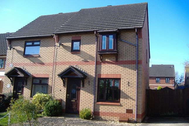3 bed property to rent in St. Nons Close, Brackla, Bridgend