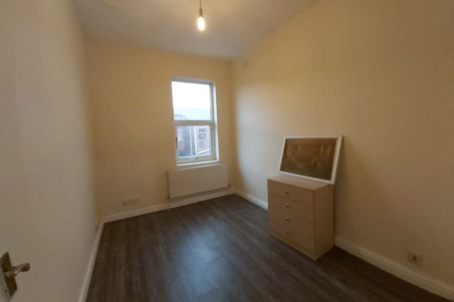 Shared accommodation to rent in Crondall Street, Moss Side, Manchester