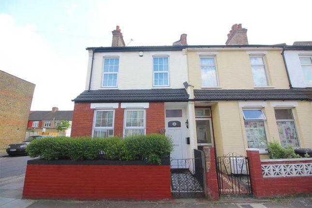 Thumbnail End terrace house for sale in Rosebery Avenue, London