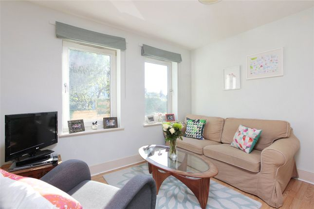 Houses for sale in southfields greater london flat in denning mews temperley road balham london s southfields greater london malvernweather Gallery
