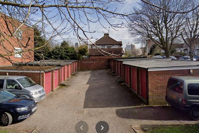 Parking/garage to let in Crown Walk, Wembley Park