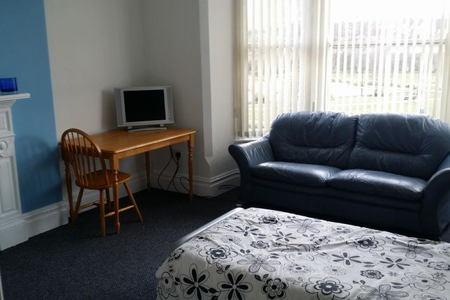 Thumbnail Room to rent in Nottingham Road, Mansield