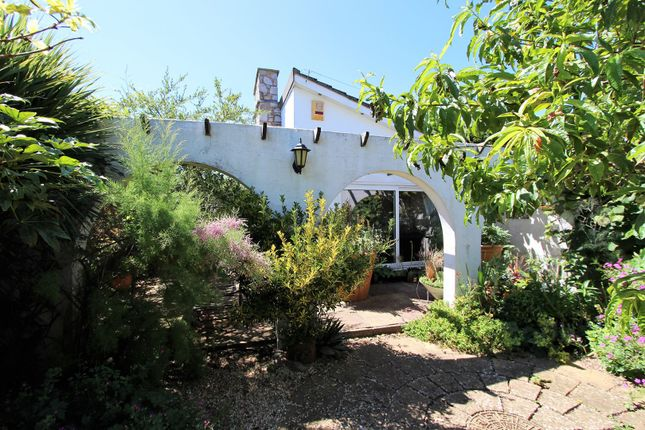 Thumbnail Bungalow for sale in Hillesdon Road, Torquay