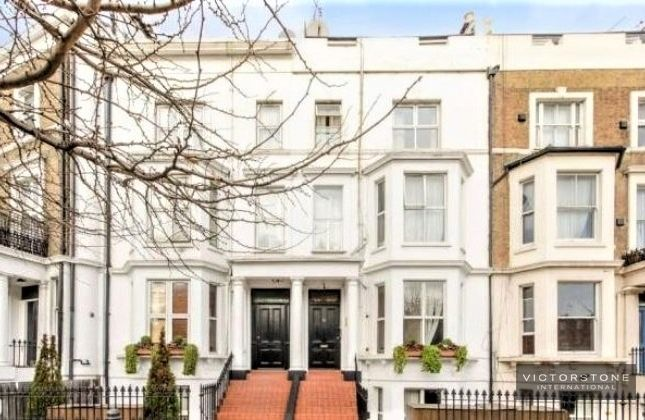 Studio to rent in West Cromwell Road, Earls Court, London SW5