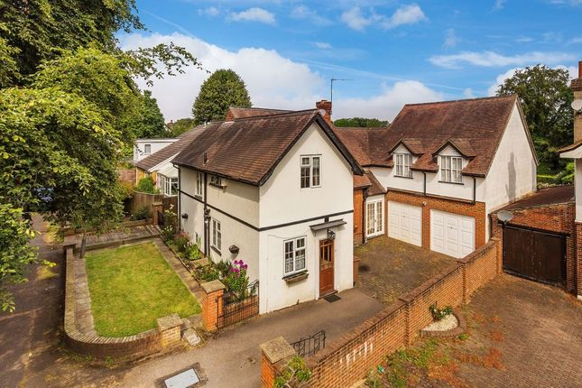 Thumbnail Detached house for sale in Dower Avenue, Wallington