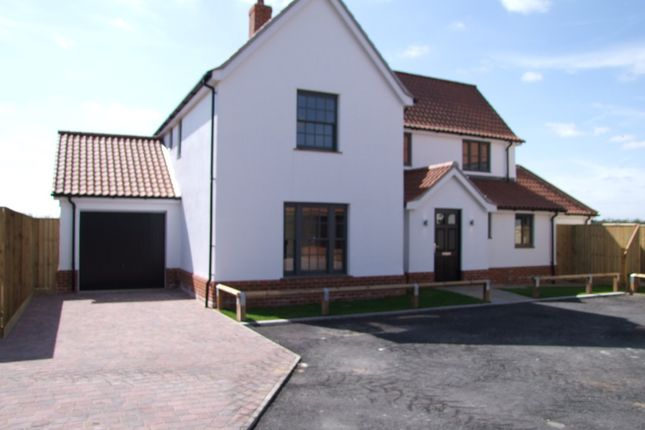 Thumbnail Detached house for sale in Chuch Road, Cratfield, Halesworth