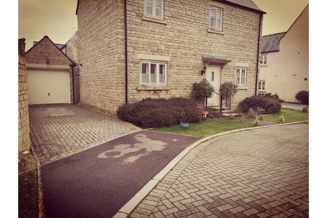 Driveway of Beecham Close, Cirencester GL7