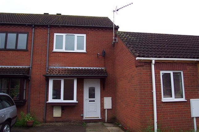 Thumbnail Terraced house to rent in Woodside Court, Sleaford, Lincs