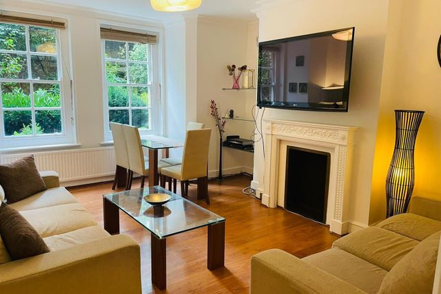 2 bed flat to rent in Gladstone Court, Regency Street, Westminster, London SW1P