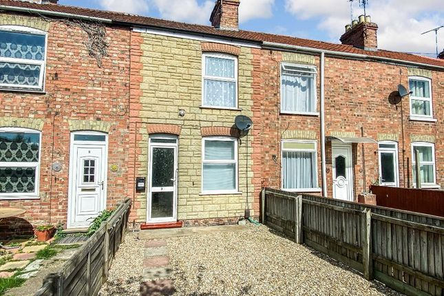 3 bed terraced house to rent in York Terrace, Wisbech PE13