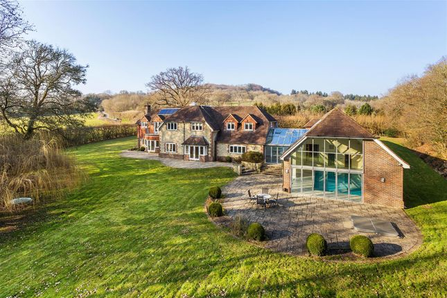 Thumbnail Property to rent in Fernhurst, Haslemere