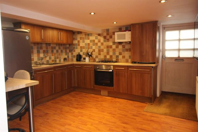 1 bed flat for sale in Ash Street, Ilkley LS29