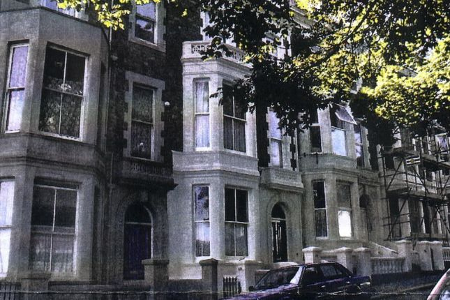 2 bed flat to rent in Church Road, St. Leonards-On-Sea