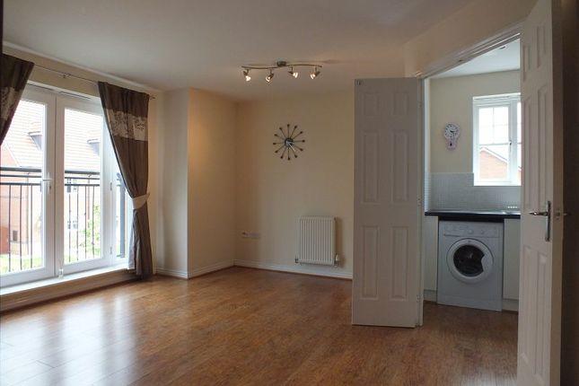 Thumbnail Flat to rent in Lamberton Drive, Brymbo, Wrexham