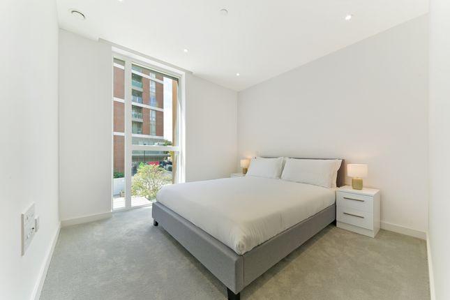 Bedroom of 16 Woodberry Down Finsbury Park, London N4