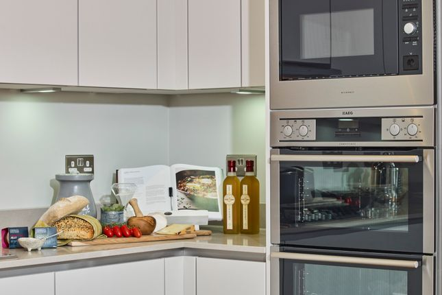 2 bed flat for sale in Cory's Road, Rochester ME1
