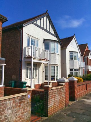 1 bed flat to rent in Langdale Gardens, Hove