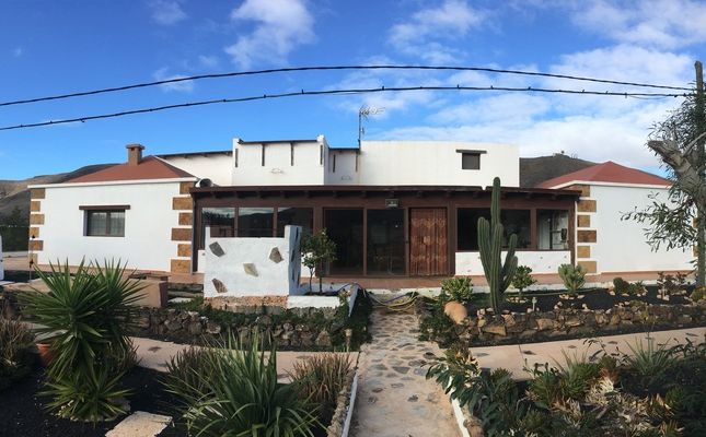 Thumbnail Villa for sale in La Matilla, Fuerteventura, Spain
