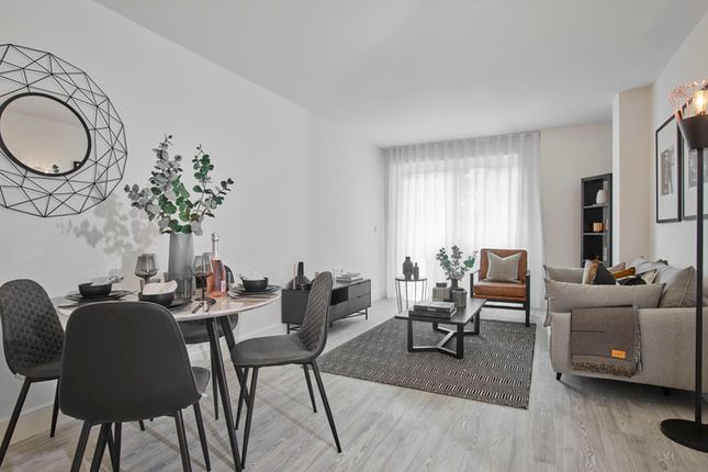 Flat for sale in White Lion Court, 5 Swan Street, Old Isleworth