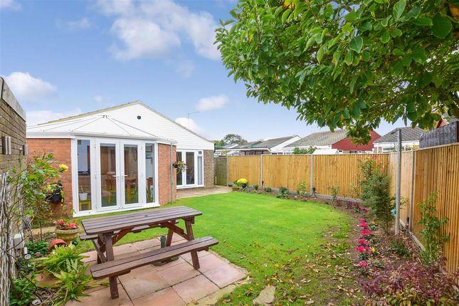 2 bed detached bungalow for sale in Short Furlong, Littlehampton, West Sussex