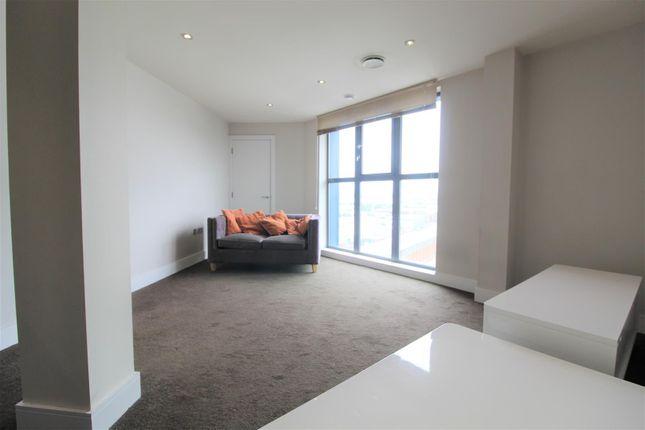 Thumbnail Flat to rent in Indigo Blu, Crown Point Road, Hunslet, Leeds