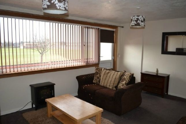 Thumbnail Flat to rent in Oxgang Road, Grangemouth