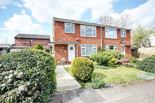 Thumbnail Property for sale in Tippetts Close, Enfield