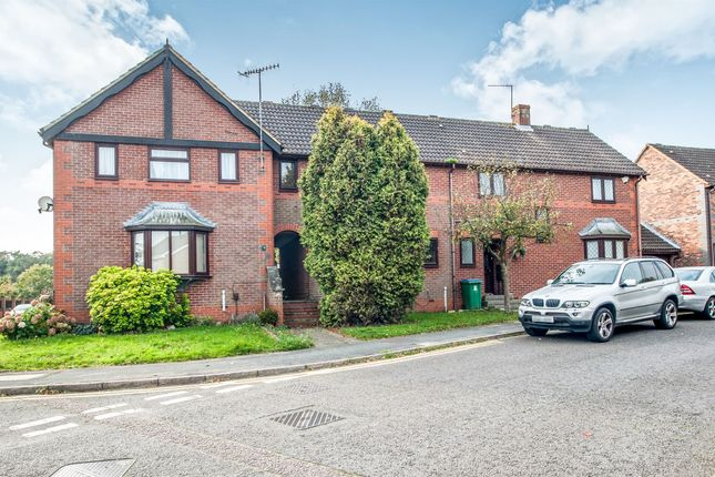 Thumbnail Terraced house for sale in Appletree Walk, Watford