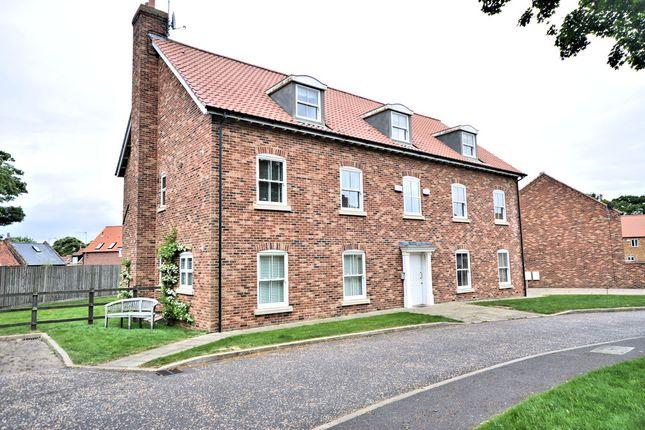 Thumbnail Flat for sale in Sandringham Grove, Hunstanton