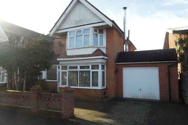 Thumbnail Semi-detached house for sale in Raymond Road, Shirley