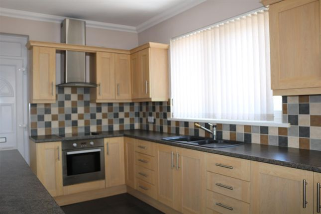 Thumbnail Flat for sale in Bryn Lane, Pontllanfraith, Blackwood