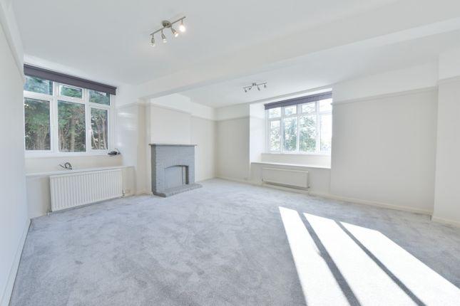 Thumbnail Flat to rent in Temple Market, Queens Road, Surrey