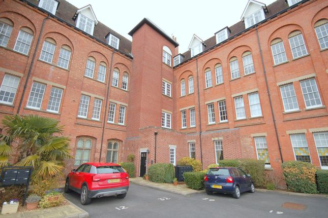 Thumbnail Flat for sale in Salisbury Close, Crewe
