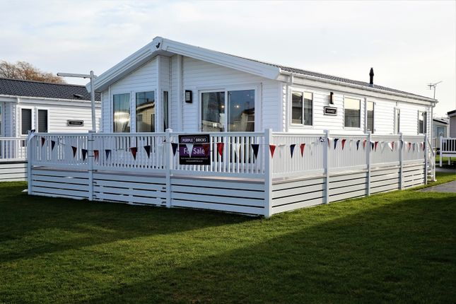 Thumbnail Lodge for sale in Faversham Road, Whitstable