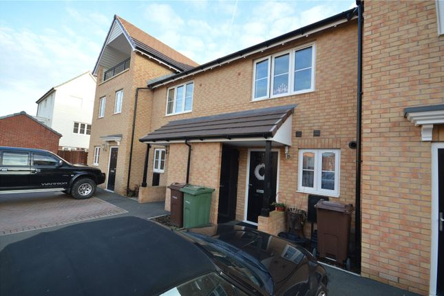 Thumbnail Town house to rent in Park Way, Castleford, West Yorkshire